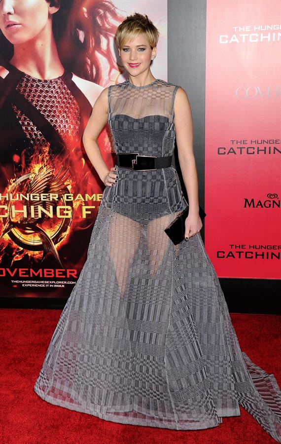 Jennifer Lawrence in catching fire premiere