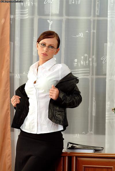 Susana Spears dressed up as a secretary