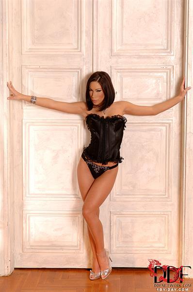 Mya Diamond in lingerie