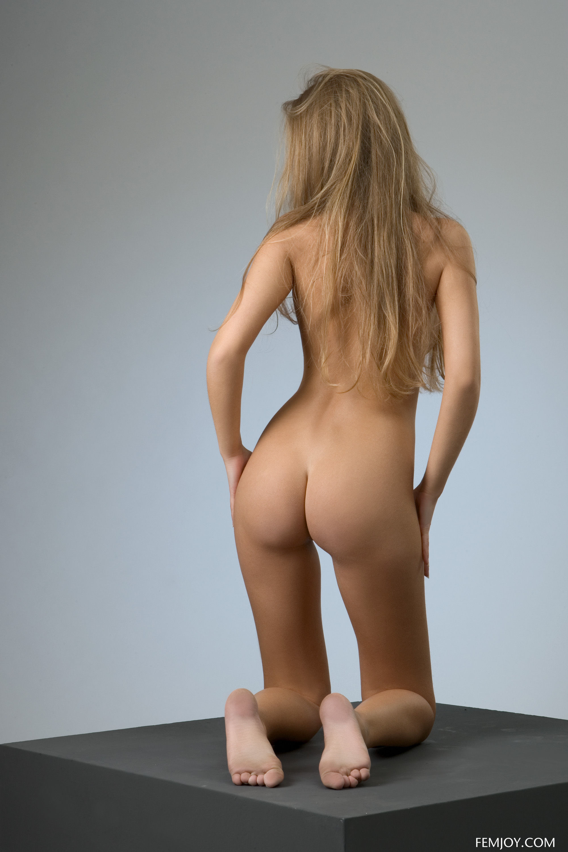 Kinga Nude Pictures  Rating = 8 08/10