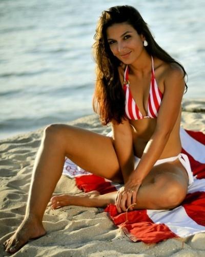 Bruna Lima in a bikini