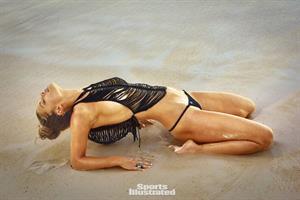 Nina Agdal - Sports Illustrated Swimsuit 2016