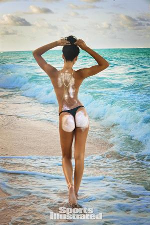 Chanel Iman - Sports Illustrated Swimsuit 2016