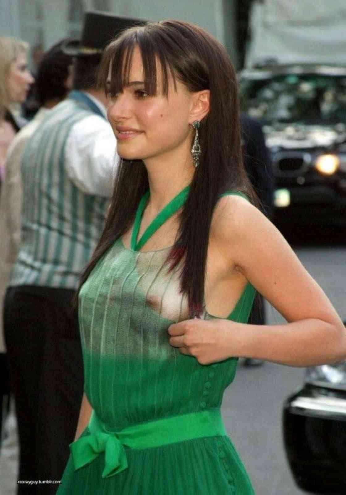 Natalie Portman - breasts