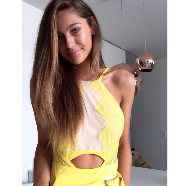 Mathilde Gøhler taking a selfie