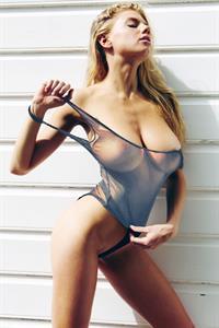 Charlotte McKinney - breasts