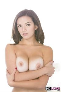 Shae Summers - breasts