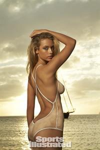 Hannah Ferguson - breasts