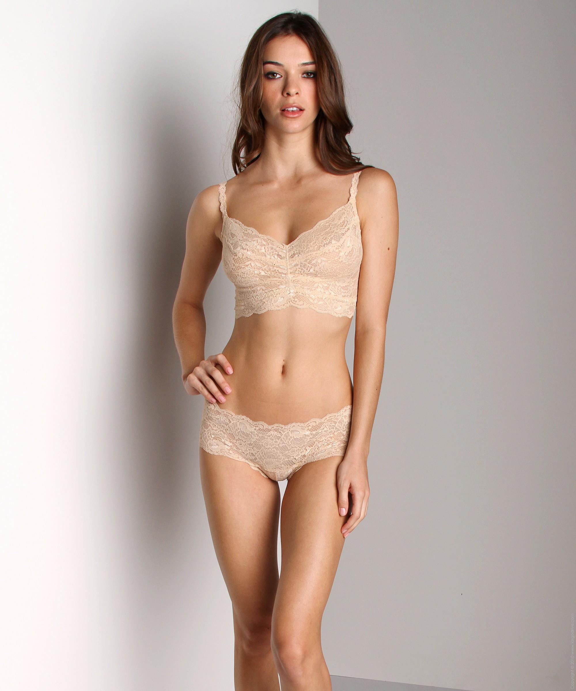 Mariana Almeida in lingerie