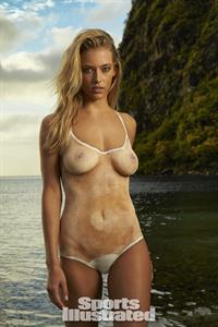 Hannah Ferguson in body paint - breasts