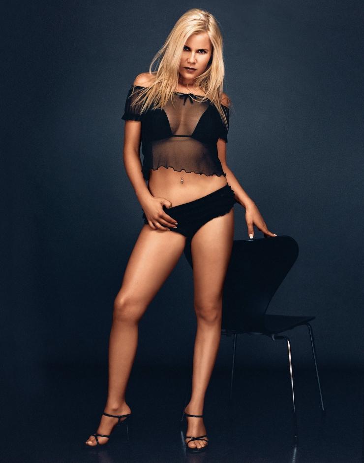 Gina Wild Bikini