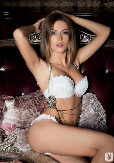Olga Alberti in lingerie