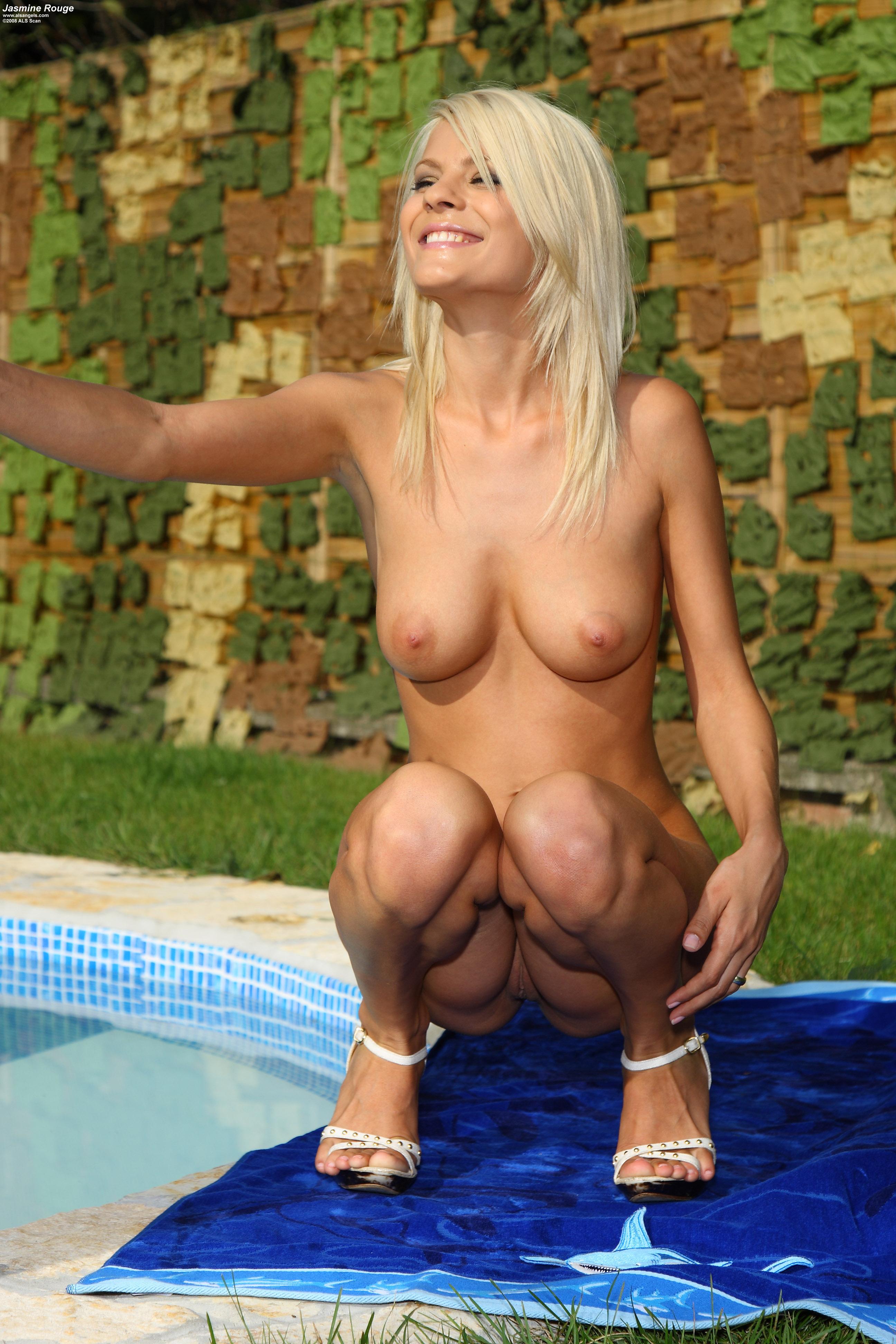 jasmine-rouge-nude