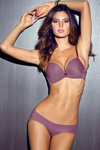 Leticia Zuloaga in lingerie