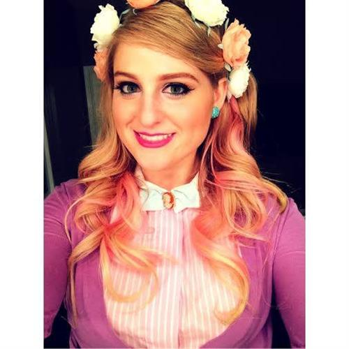 Meghan Trainor taking a selfie