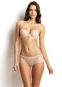 Sofia Resing in lingerie