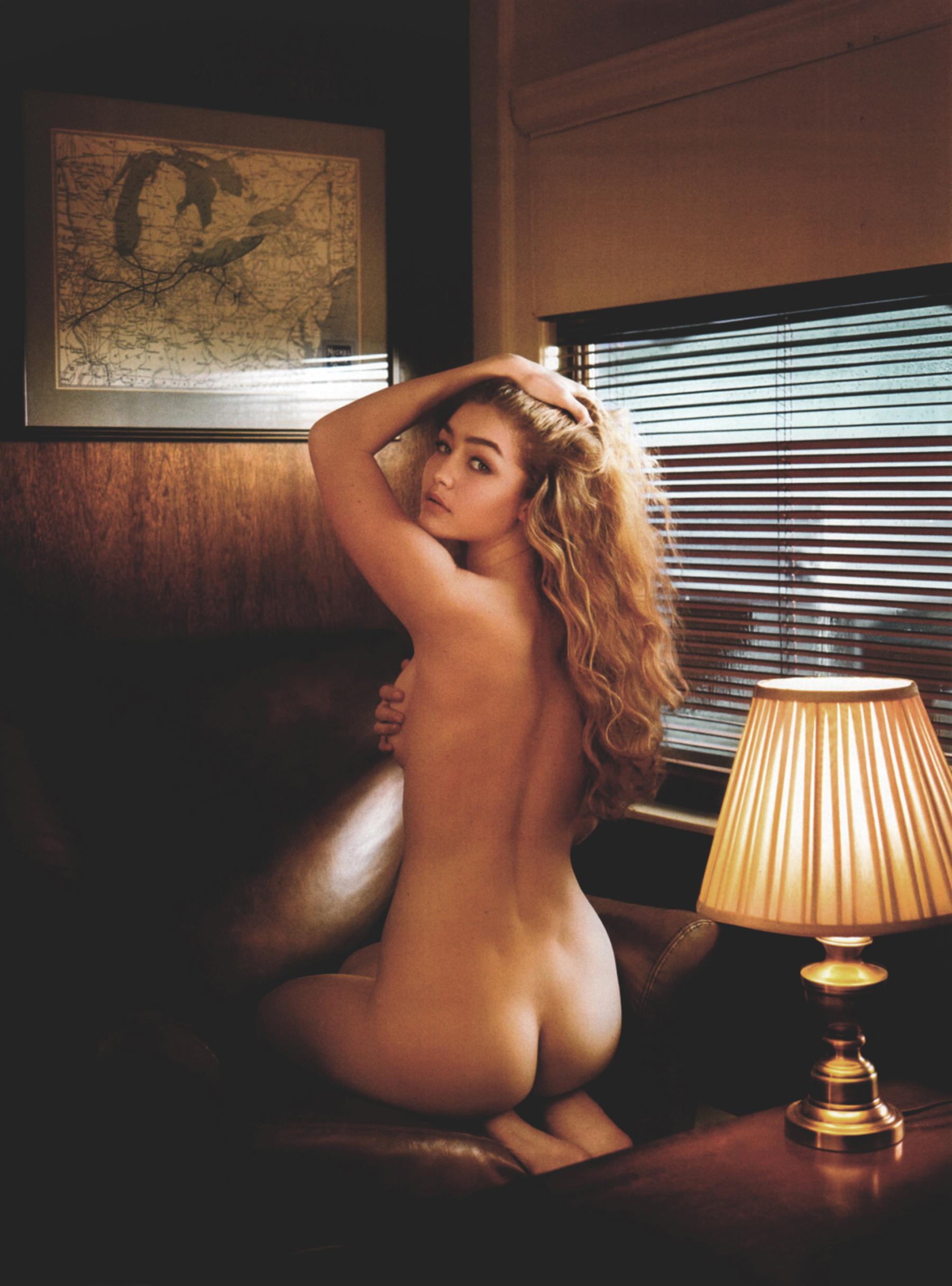 Gigi Hadid - ass
