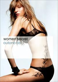 Carmen Maria Hillestad in lingerie