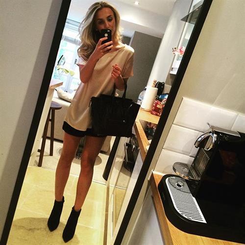Tiffany Watson taking a selfie