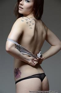 Elizabeth Marxs in lingerie