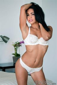 Guilliana Alexis in lingerie
