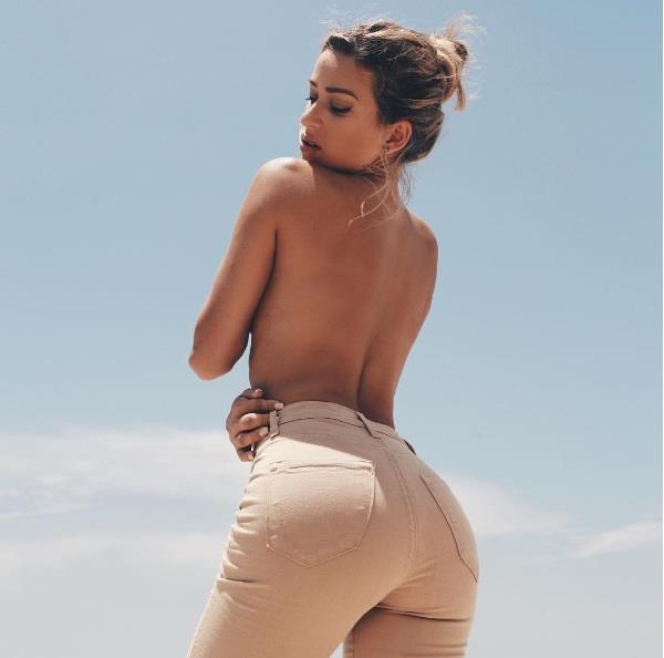 Cindy Prado Sexy Back