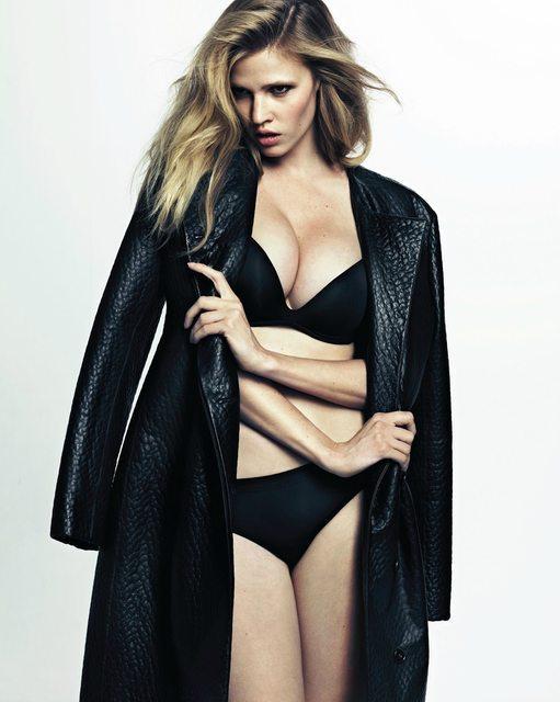 Lara Stone in lingerie