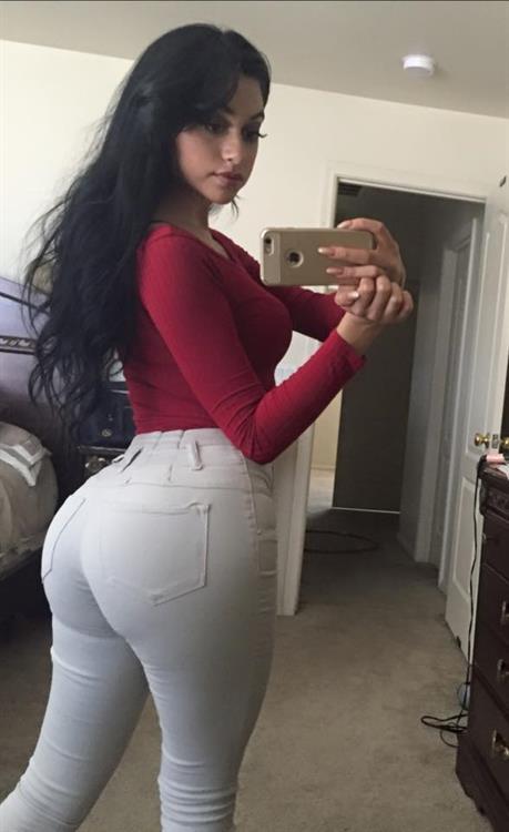 Jailyne Ojeda Ochoa taking a selfie and - ass