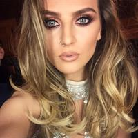 Perrie Edwards taking a selfie