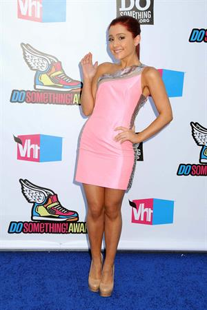 Ariana Grande at the 2011 VH1 Do Something Awards - Hollywood Palladium on 8/14/11