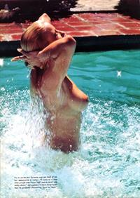 Suzanne Somers - breasts