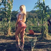 Amanda Stronegger - ass