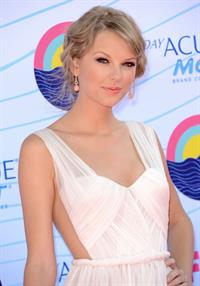 Taylor Swift  at the 2012 Teen Choice Awards in Universal City - July 22, 2012