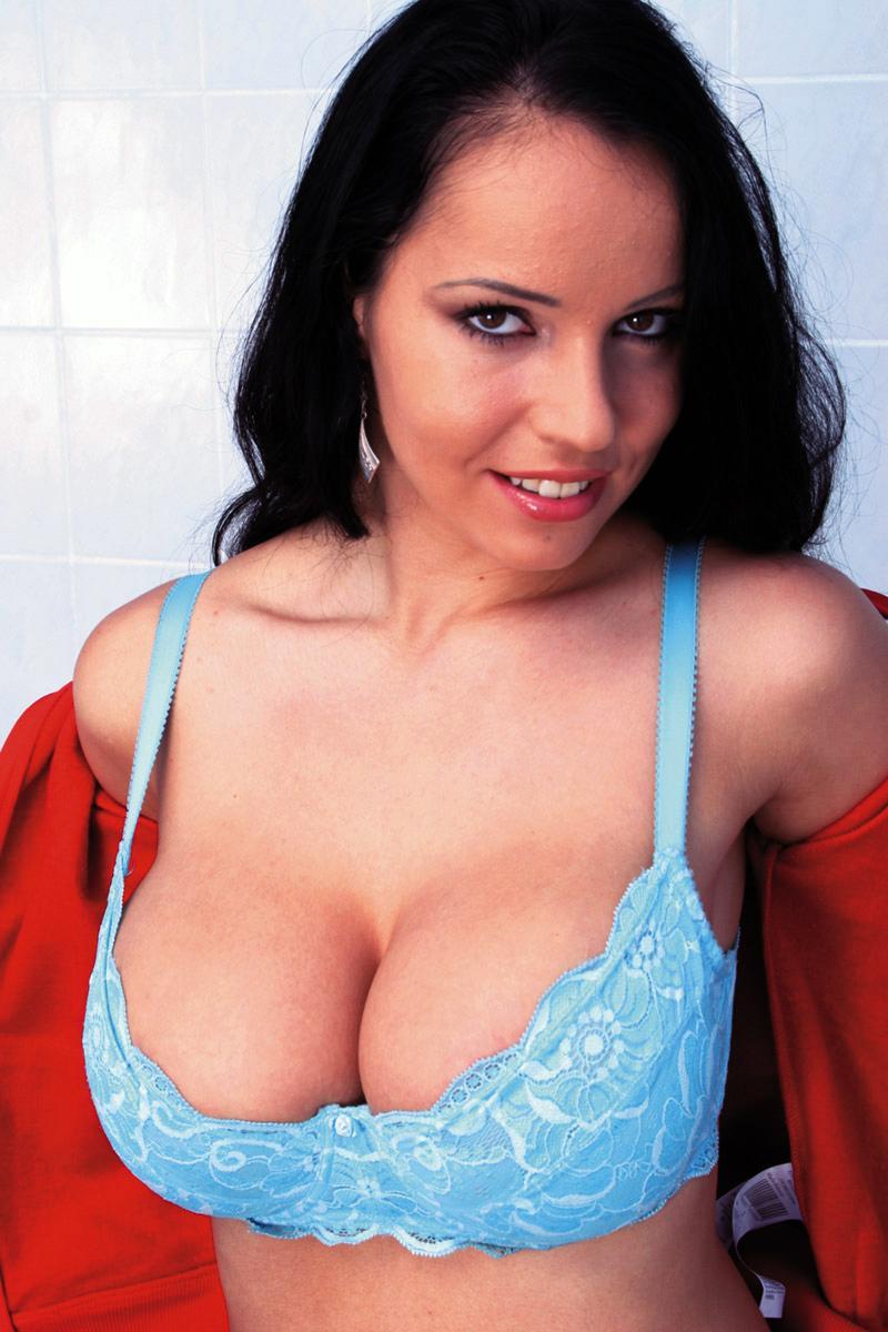 Laura Lion in lingerie
