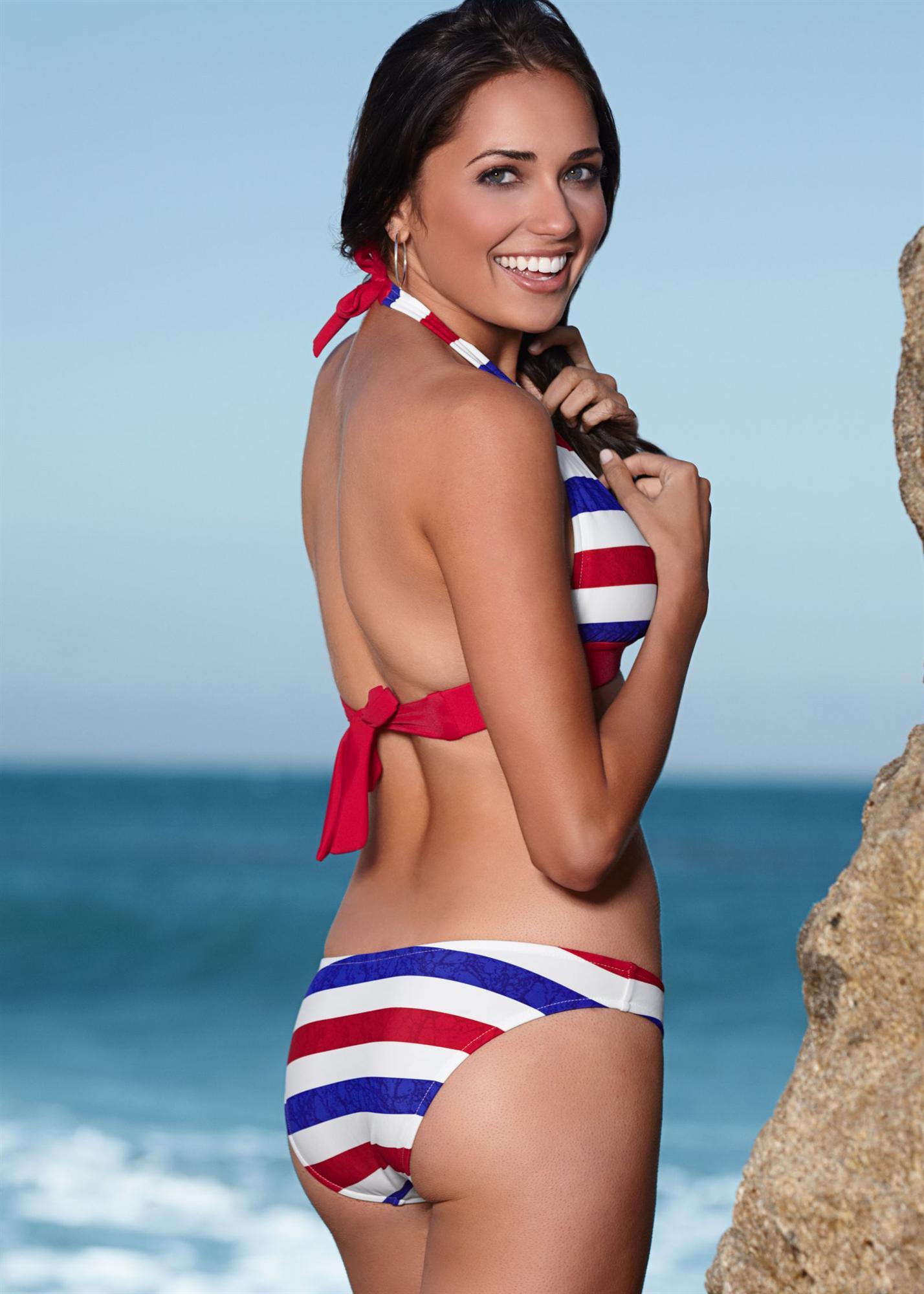 Larisa Fraser in a bikini - ass