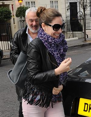 Kelly Brook Arriving home in London - Feb 6, 2013