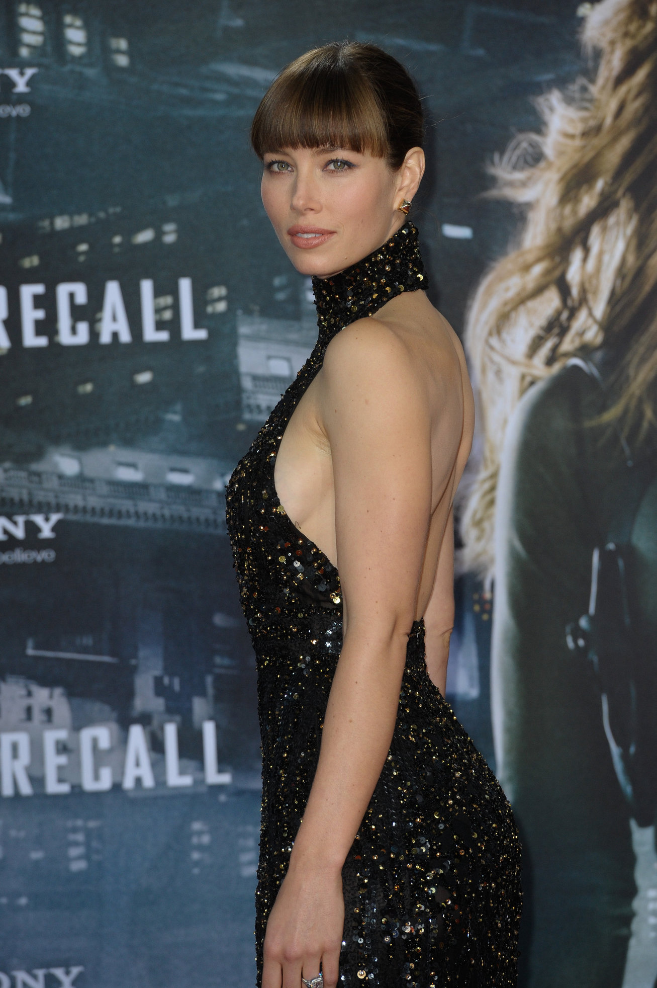Jessica Biel Total Recall Premiere in Berlin 13.08.12