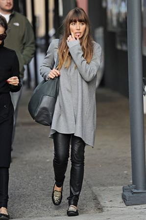 Jessica Biel Running errands in New York (November 18, 2012)