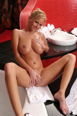 Zuzana Drabinova - breasts