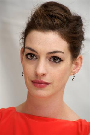 Anne Hathaway One Day press conference in New York City 9/8/2011