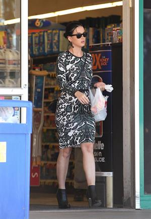Katy Perry at the Rite Aid Pharmacy in Santa Barbara - Jan 14 2013