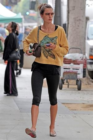 Alessandra Ambrosio out and about in Santa Monica 31.08.11