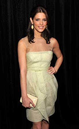 Ashley Greene Instyles 9th annual awards season diamond fashion show preview on January 14, 2010