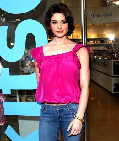 Ashley Greene shopping and posing at Kitson