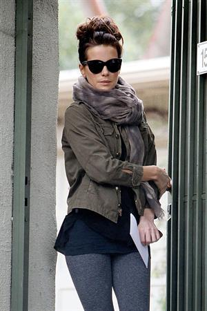 Kate Beckinsale Leaves a house in Los Angeles November 30, 2012