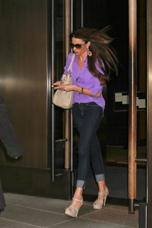 Sofia Vergara out and about in New York 04-06-2012