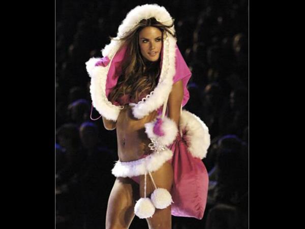 Alessandra Ambrosio Christmas