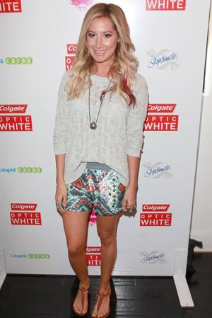 Ashley Tisdale attends the Colgate Optic White Beauty Bar at 901 Salon Day 1 at 901 Salon on June 1, 2012