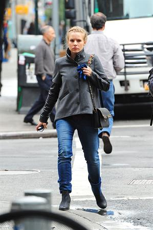 Kristen Bell in Manhattan - October 10, 2012