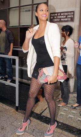 Alesha Dixon - London candids - 12th Aug 2010